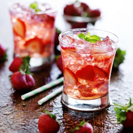 Strawberry and rhubarb gin and tonic